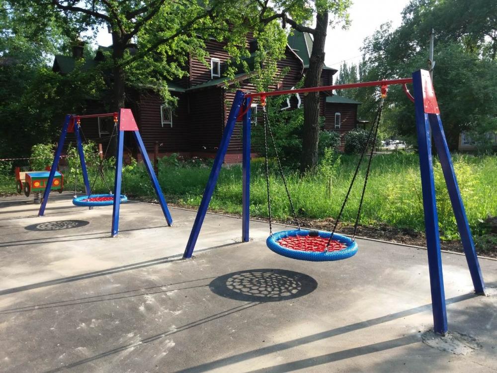 Качель Гнездо ИО 135.1 D=1000 для использования в общественных местах